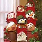 Аксессуары для празднования Нового года и Рождества